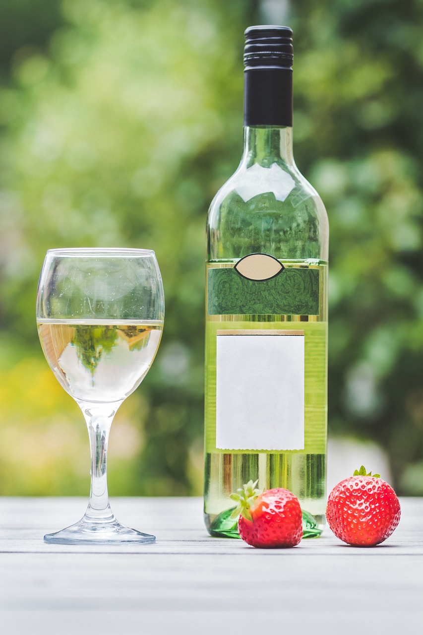 white wine, alcohol, wine